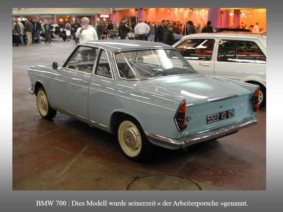 BMW 700 : Coupé Modell das von 1959 bis 1966 produziert wurde.Entworfen durch den Italiener Michelotti. Kleiner Zweizylindermotor (700 Cm3), luftgeküh