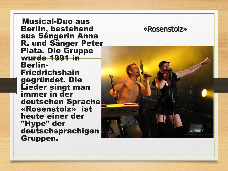 Musical-Duo aus Berlin, bestehend aus Sängerin Anna R. und Sänger Peter Plata. Die Gruppe wurde 1991 in Berlin- Friedrichshain gegründet. Die Lieder s