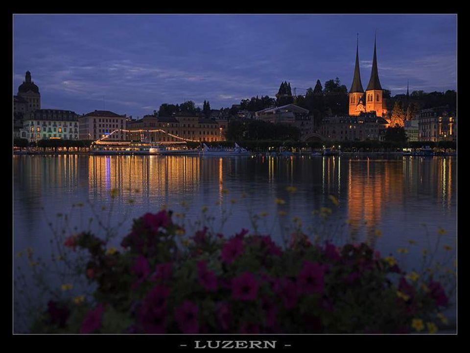 Lausanne – im Abendlicht