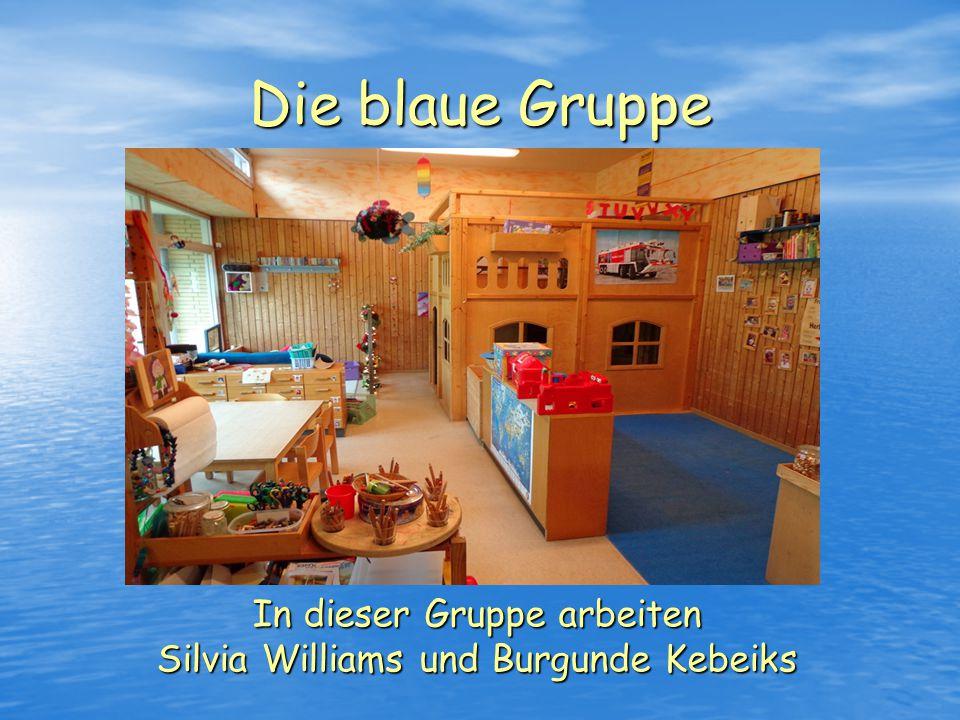 Die rote Gruppe In dieser Gruppe arbeiten Annika Köppler, Dorothea Thiele und Kerstin Wollner - Wand