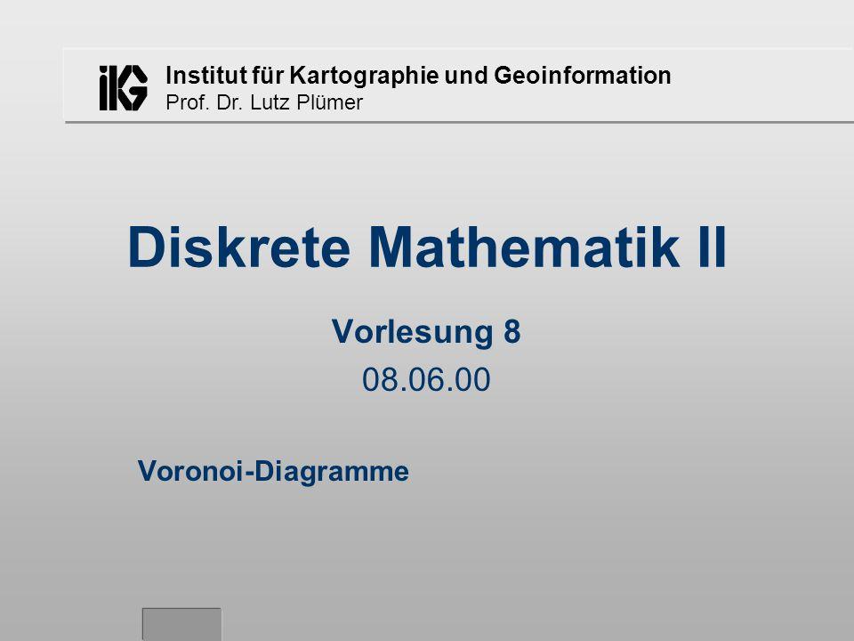 Lutz Plümer - Diskrete Mathematik II - SS 2000 - Vorlesung 8 - 08.06.0011 Eine Tangente T an die Punktmenge P geht durch zwei Punkte von P teilt die Ebene in zwei Halbebenen so, daß alle Punkte in der gleichen Halbebene liegen die Tangenten bestimmen die Lage der Kanten für die neue konvexe Hülle beider Punktmengen Konstruktion der Tangenten im Detail: –später