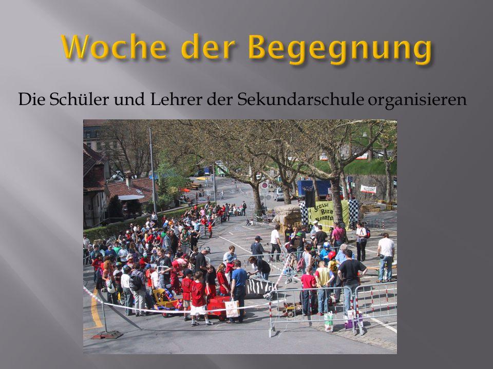 Die Schüler und Lehrer der Sekundarschule organisieren