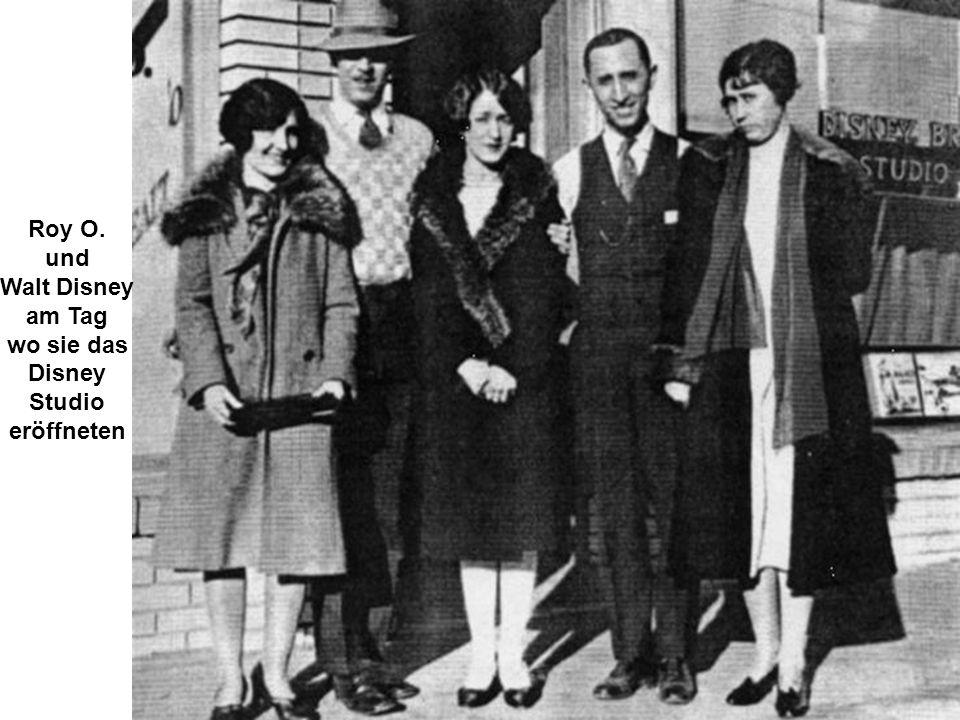 Roy O. und Walt Disney am Tag wo sie das Disney Studio eröffneten
