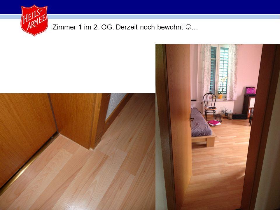 19 Zimmer 1 im 2. OG. Derzeit noch bewohnt …