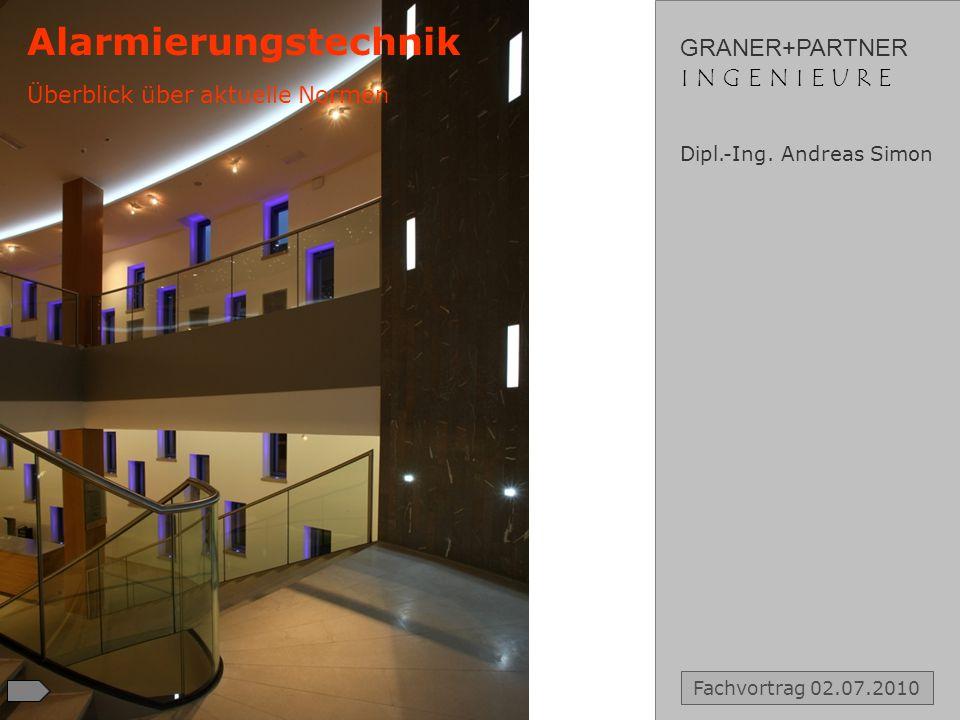 GRANER+PARTNER I N G E N I E U R EI N G E N I E U R E VORSTELLUNG des BÜROS Gründungsjahr: 1955 Lichtenweg 15 51465 Bergisch Gladbach T +49 2202 936 30 0 F +49 2202 936 30 30 E info@graner-ingenieure.de W www.graner-ingenieure.de Mitarbeiterzahl: 20 Fachbereiche: Raumakustik Elektroakustik / Medientechnik Energietechnik Bauakustik / Schallschutz Thermische Bauphysik Immissionsschutz Messtechnik Vorstellung des Büros Dipl.-Ing.
