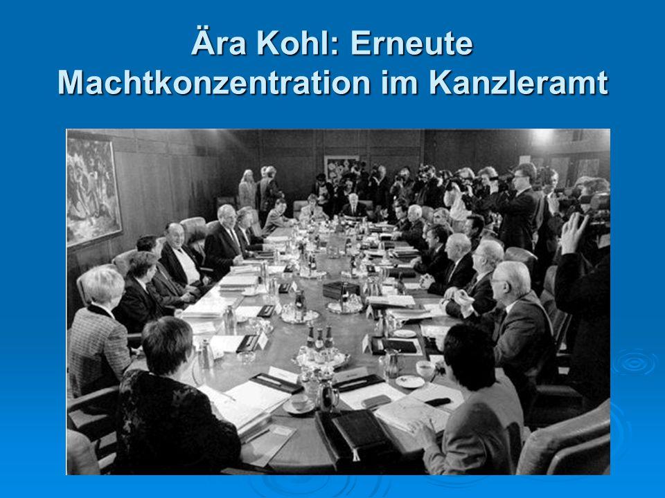 Ära Kohl: Erneute Machtkonzentration im Kanzleramt