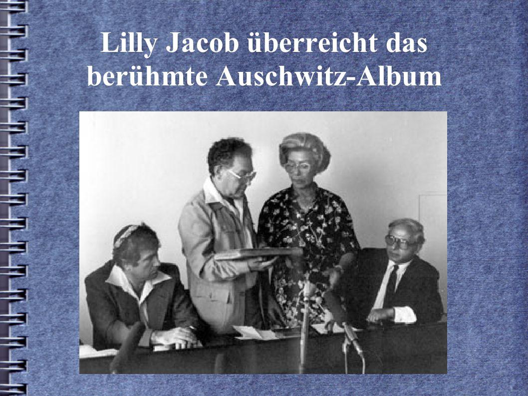 Lilly Jacob überreicht das berühmte Auschwitz-Album
