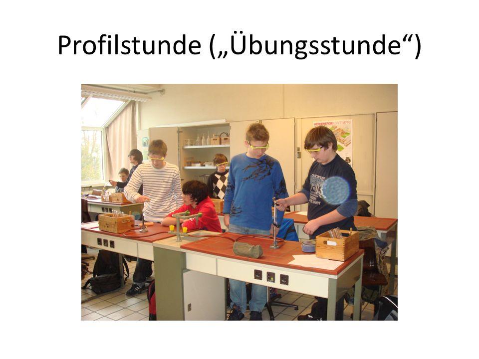 Schüler/innen führen selbst Versuche durch, dabei Arbeiten im Zweier-Team Arbeiten mit Molekülbaukästen Zeit zum Üben, Vertiefen Auswahl an Lerninhalten, z.B.