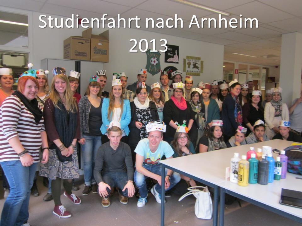 Besuch in der Schule ROCA12 Arnheim Herzlicher Empfang von unseren Holländischen Gastgebern Essen wie im Restaurant zubereitet von einer der Klassen.