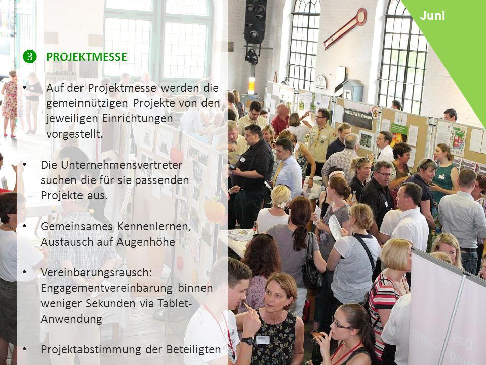 29 ❸ PROJEKTMESSE Auf der Projektmesse werden die gemeinnützigen Projekte von den jeweiligen Einrichtungen vorgestellt.