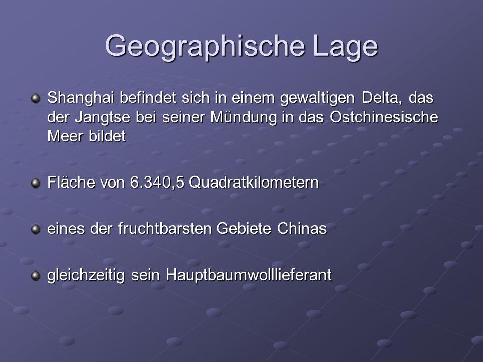 """Geschichtliches 960 wurde Shanghai erstmals als Dorf erwähnt 1264 wurde es mit drei anderen Dörfern zusammengelegt Einwohnerzahlen von 1800 bis 2005: 1800: 200.000 ; 1901: 651.000 ; 1918: 1.000.000 ; 2005: 9.263.459 1800: 200.000 ; 1901: 651.000 ; 1918: 1.000.000 ; 2005: 9.263.459 wichtiger Handelshafen, von dem die stattliche Baumwollernte der Region nach Peking, ins Hinterland und nach Japan verschifft wurde Vertragshafen der Briten, da Shanghai seit den 1840er Jahren zum """"wichtigsten Marktplatz Ostasiens geworden war 1996 ist Shanghai zu einer der am stärksten umweltgeschädigten Städte weltweit erklärt worden"""