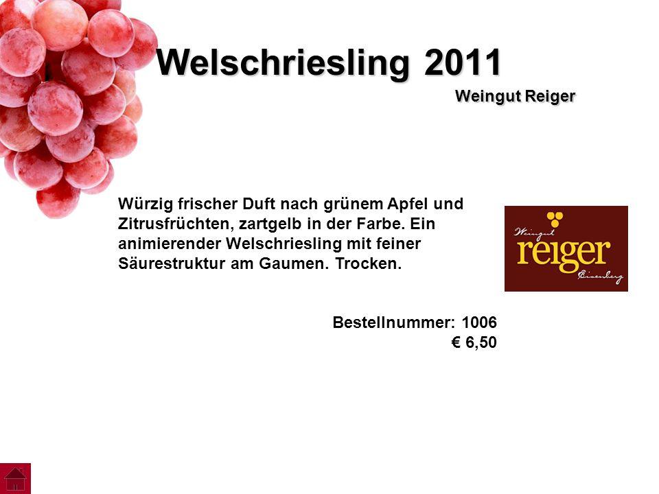 Welschriesling 2011 Weingut Reiger Würzig frischer Duft nach grünem Apfel und Zitrusfrüchten, zartgelb in der Farbe. Ein animierender Welschriesling m