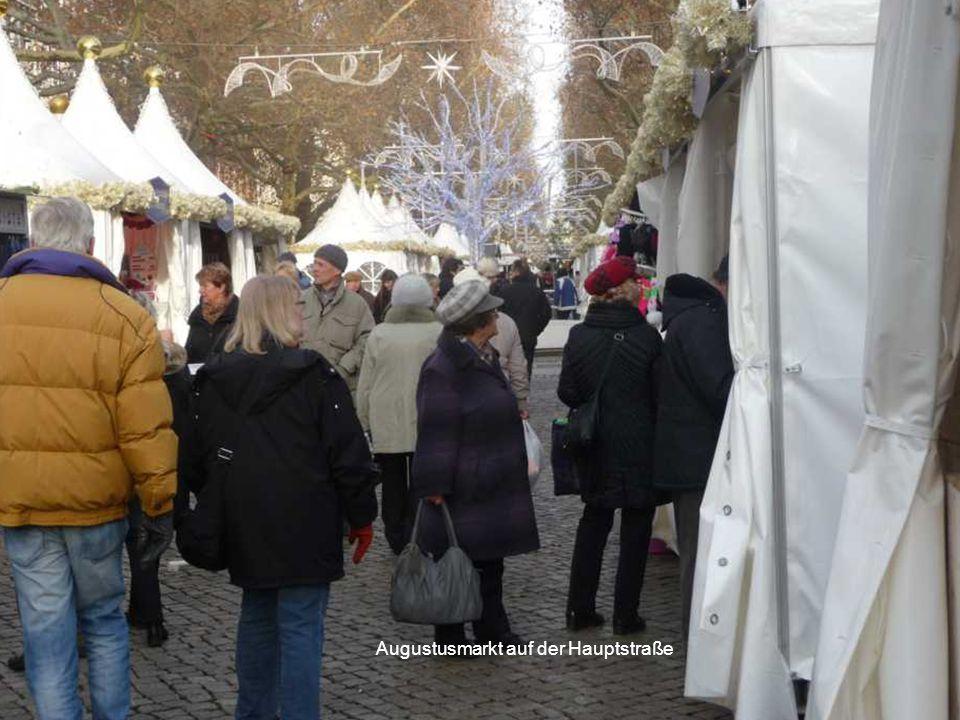 Augustusmarkt auf der Hauptstraße