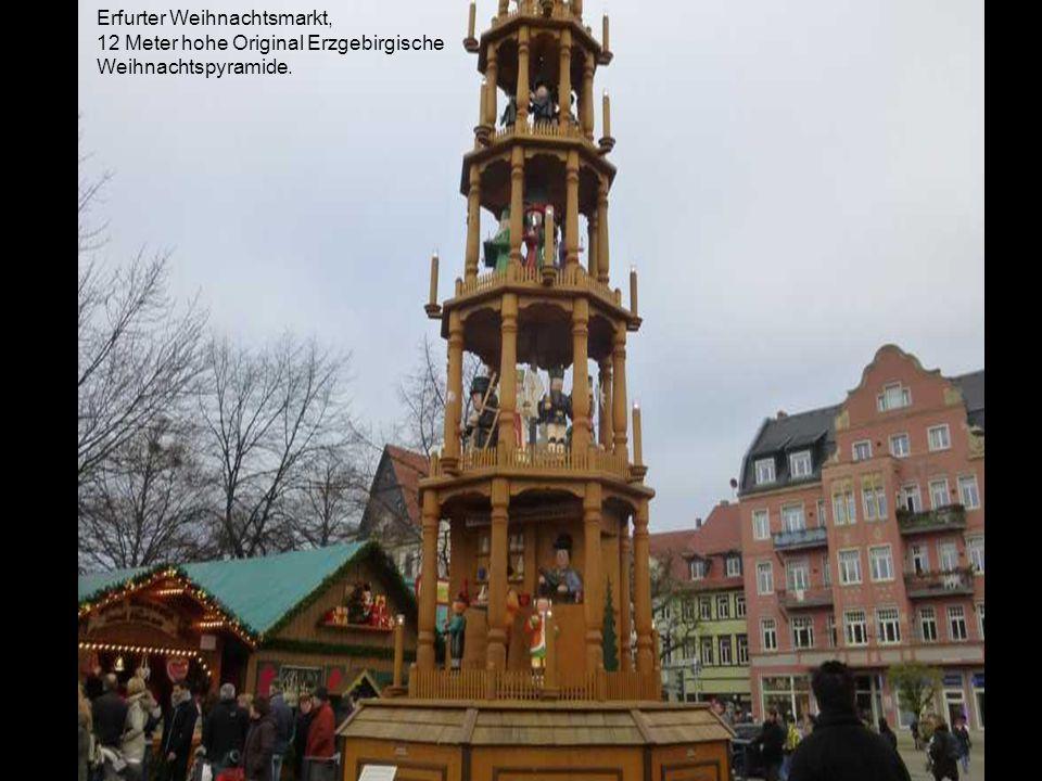 Erfurter Weihnachtsmarkt; Links Dom St. Marien, rechts St. Severi