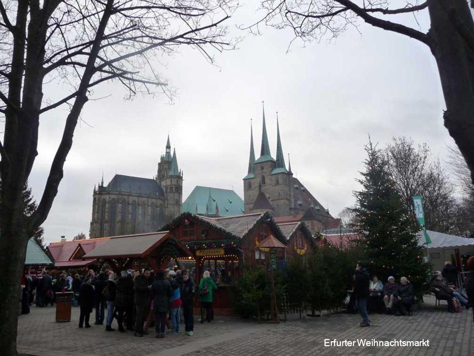 Erfurter Weihnachtsmarkt, 12 Meter hohe Original Erzgebirgische Weihnachtspyramide.