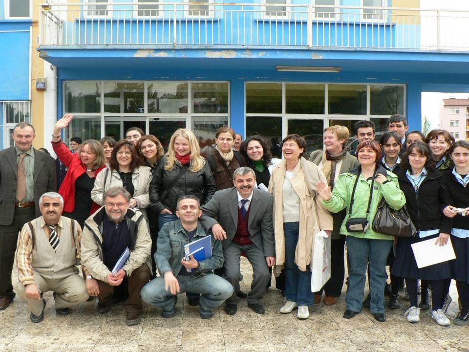 Budapeşte Proje Toplantısı Projekttreffen in Budapest Projekttalálkozó Budapesten COMENIUS Soziales Engagement baut Brücken