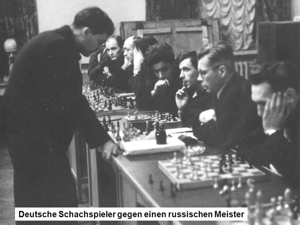 Deutsche Schachspieler gegen einen russischen Meister