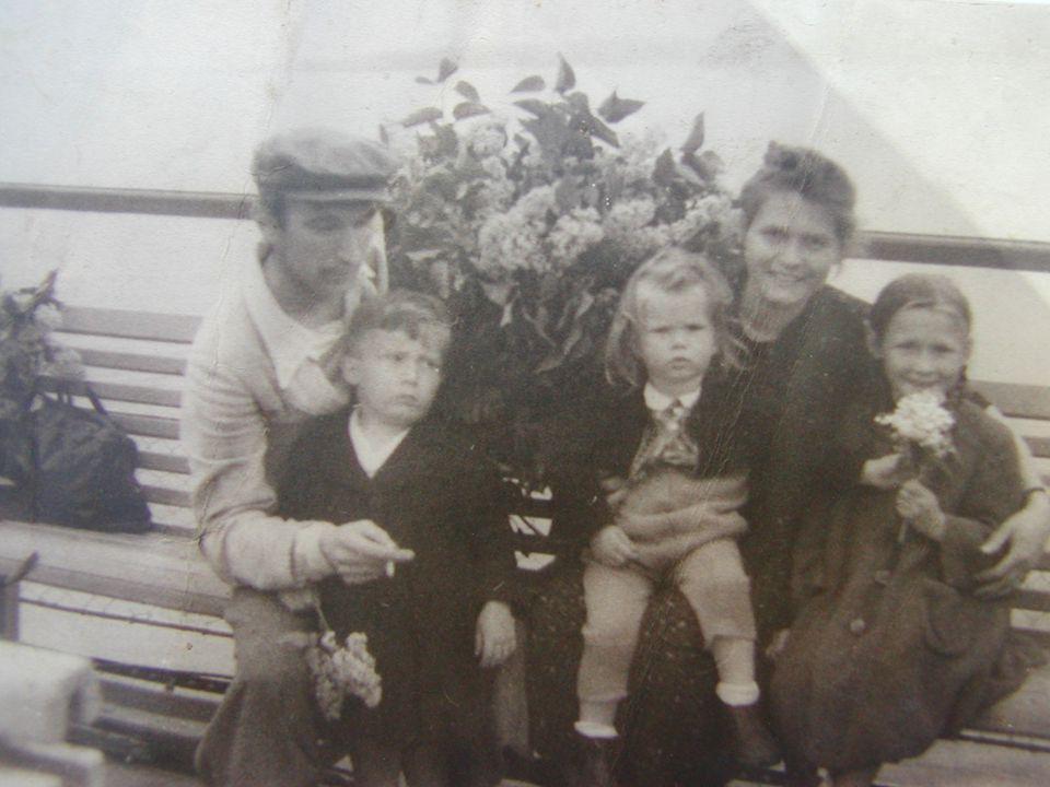 Februar 1958 Journalisten in Friedland und Interview in der Wochenschau