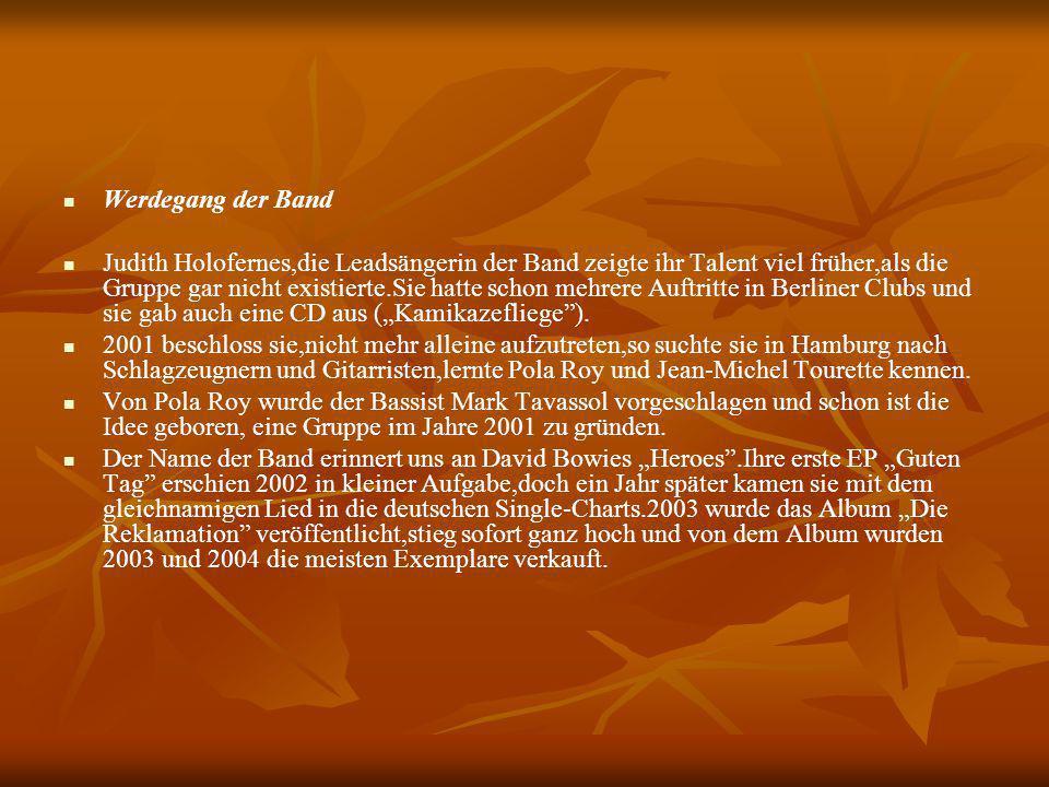 """Doch dem ersten Erfolg folgten noch mehrere, denn 2005 erreichte das neue Album """"Von hier an blind die Spitzenposition in Deutschland und in Österreich."""