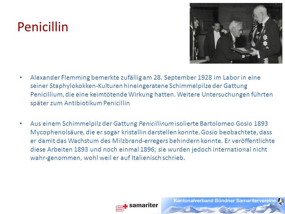 """Ebenfalls bereits dreißig Jahre vor Alexander Fleming, dem """"offiziellen Entdecker des Penicillins, schrieb der französische Militärarzt Ernest Duchesne seine Doktorarbeit über die Beobachtung, dass bestimmte Schimmelpilze über antibiotische – also Bakterien abtötende – Eigenschaften verfügen."""