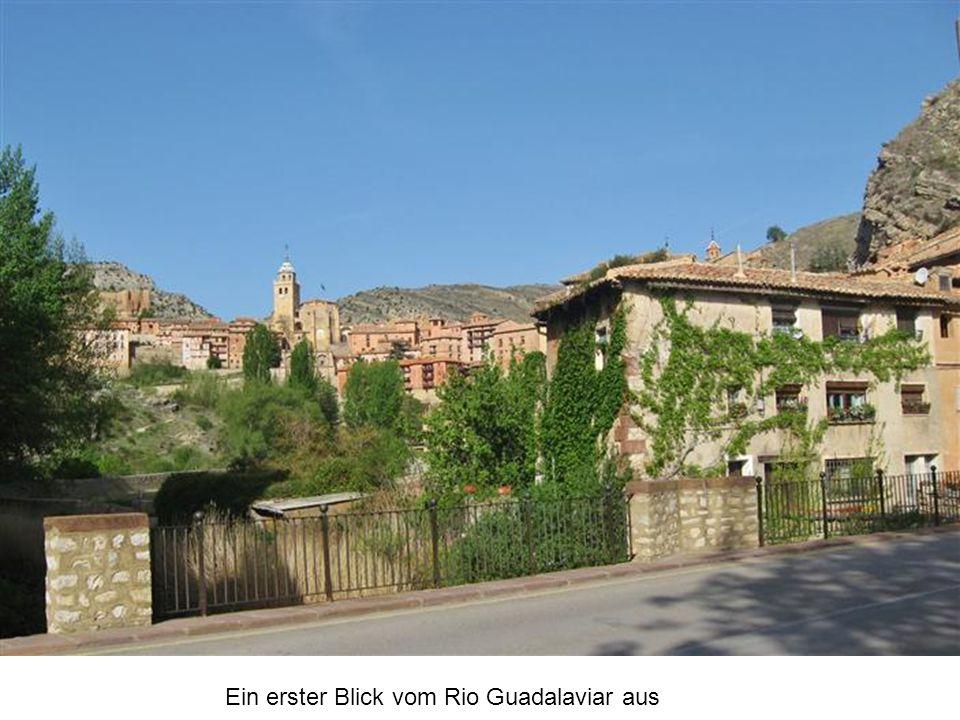 Ein erster Blick vom Rio Guadalaviar aus