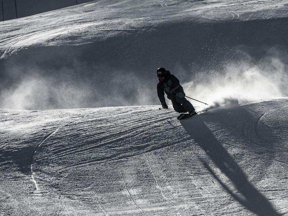 46 Bundesamt für Sport BASPO Jugend+Sport J+S-Kindersport Swiss-Ski erarbeitet bis im Sommer 2015 im Auftrag vom Baspo ein Kindersportkonzept mit der Ausrichtung Ski alpin, Ski nordisch und Snowboard.
