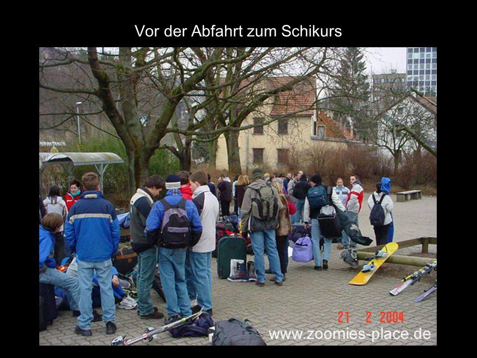 Am 21.02.2004 auf einer Autobahn in Süddeutschland: Zeitspanne bis zum letzten Bild etwa 15 Minuten.