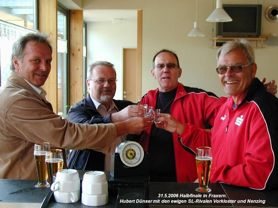 31.5.2006 Halbfinale in Fraxern. Hubert Dünser mit den ewigen SL-Rivalen Vorkloster und Nenzing