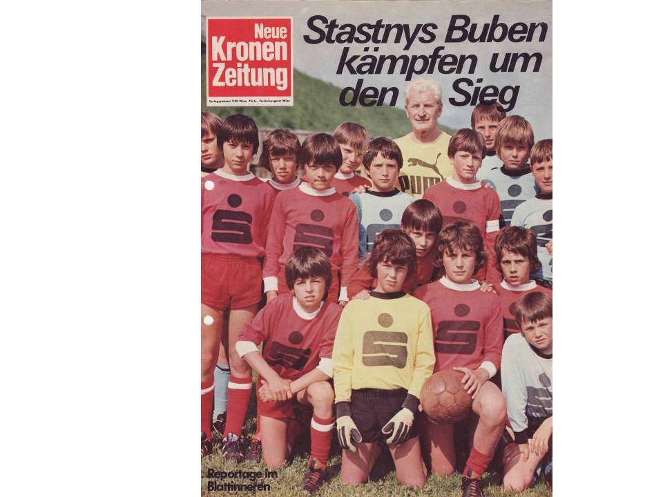 """""""Schülerligasäulen 1995 beim Sparkassenempfang im Gräfl. Palast Hohenems"""