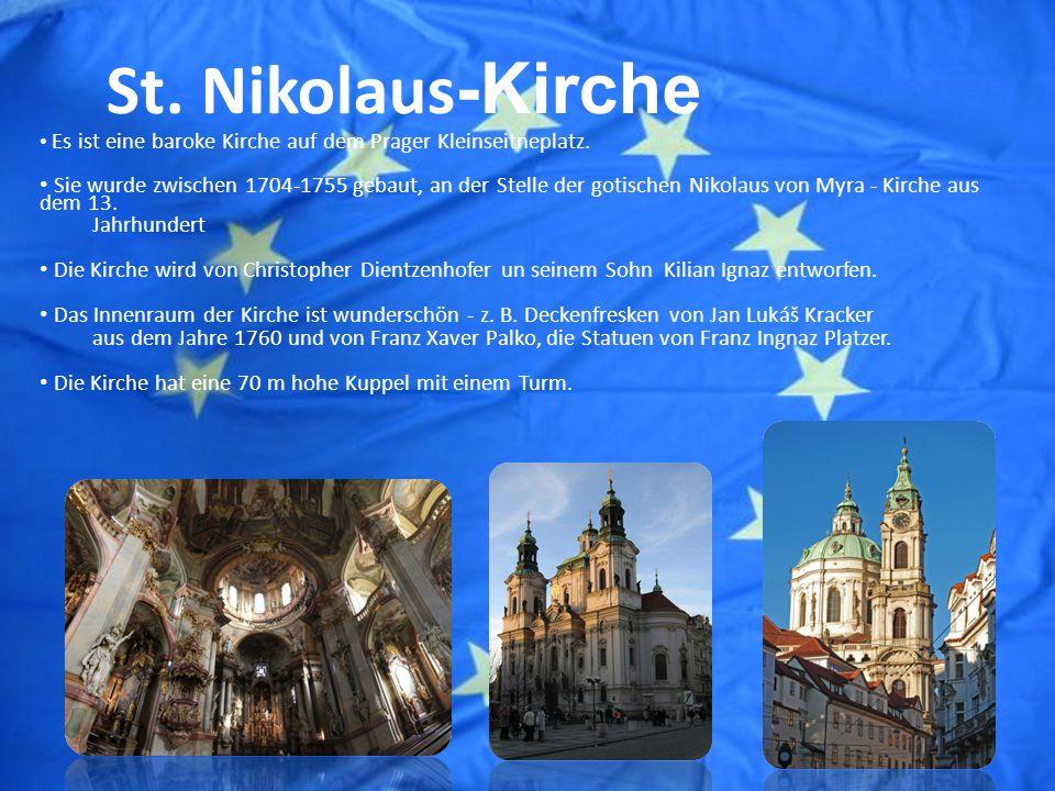 St. Nikolaus -Kirche Es ist eine baroke Kirche auf dem Prager Kleinseitneplatz.