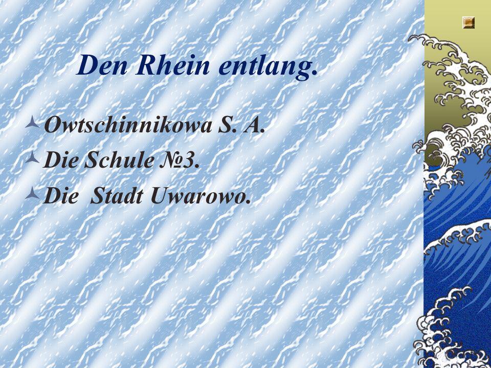 Der Loreleifelsen Am Rhein, zwischen den Stadten Bingen und Koblenz, steht ein Felsen.