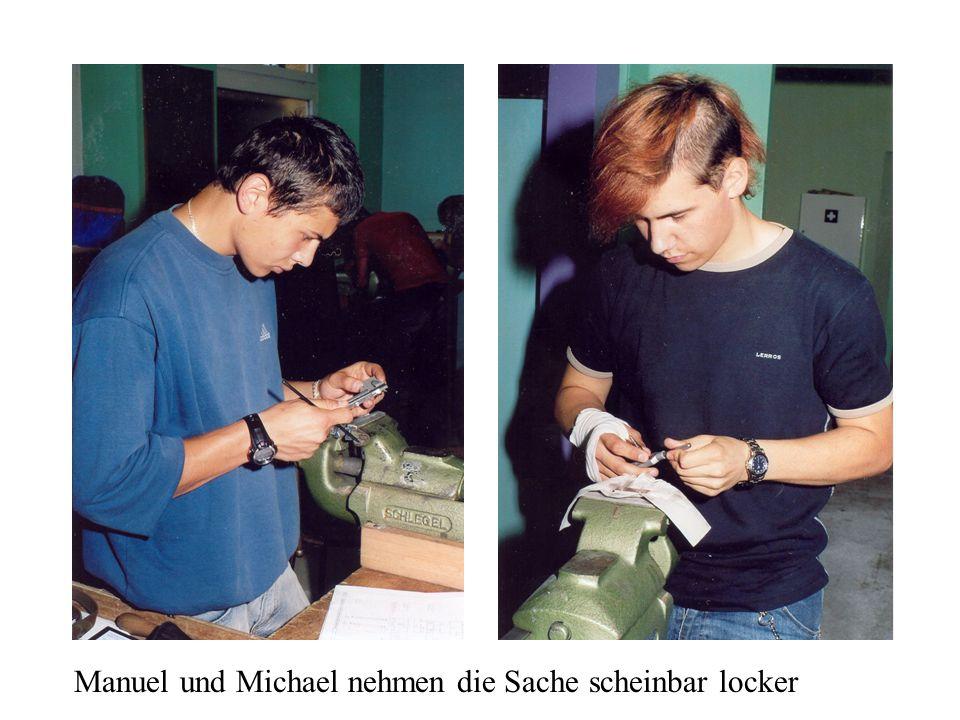 Manuel und Michael nehmen die Sache scheinbar locker
