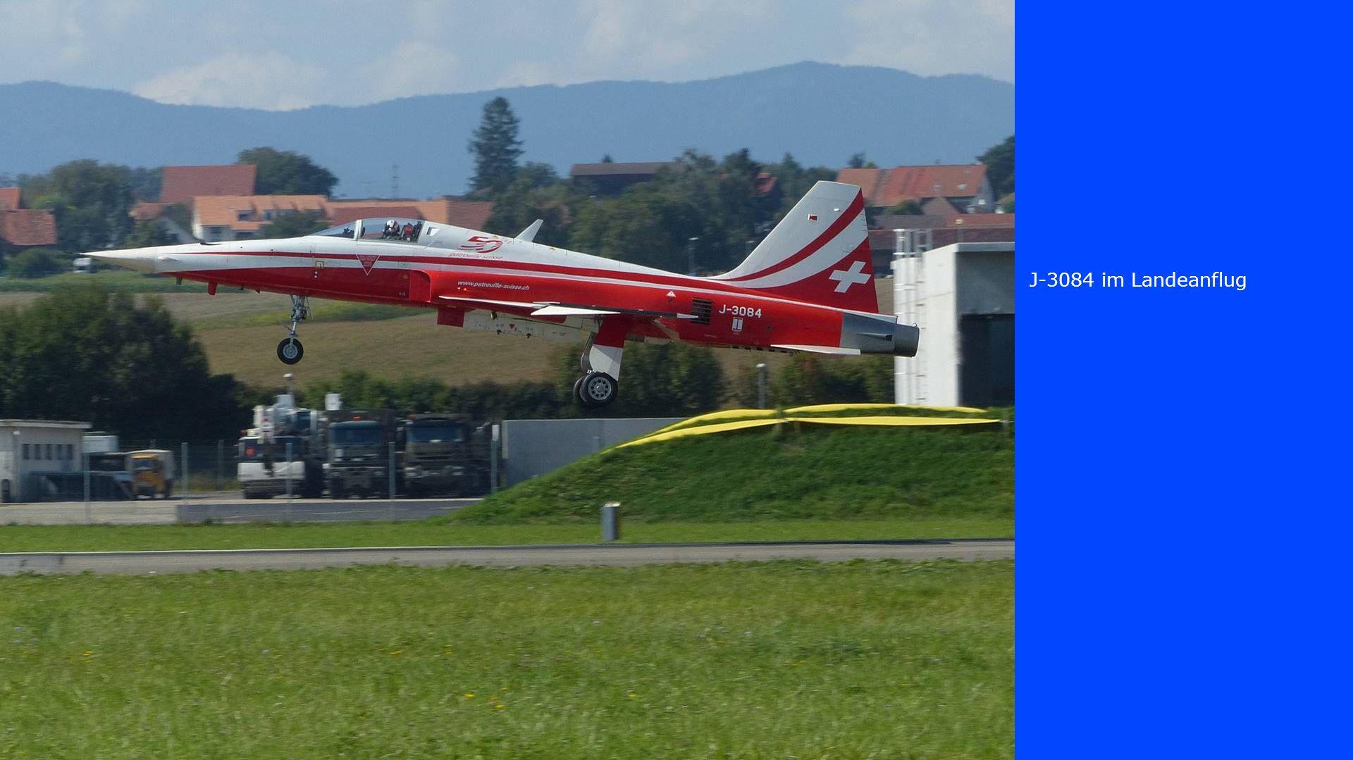 J-3084 im Landeanflug