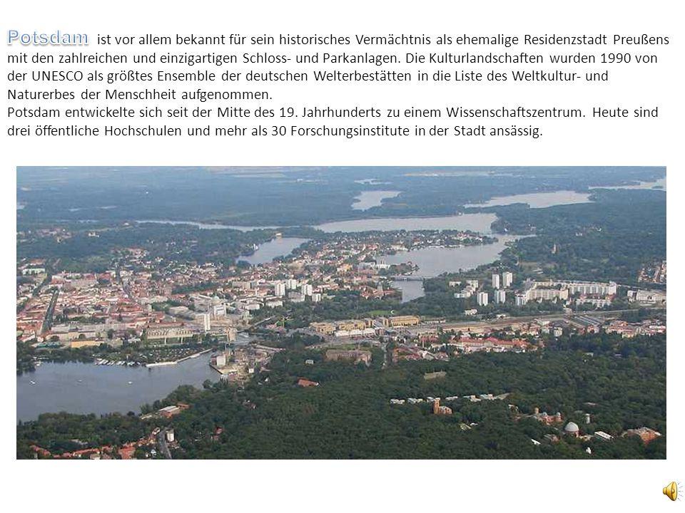 ist vor allem bekannt für sein historisches Vermächtnis als ehemalige Residenzstadt Preußens mit den zahlreichen und einzigartigen Schloss- und Parkan