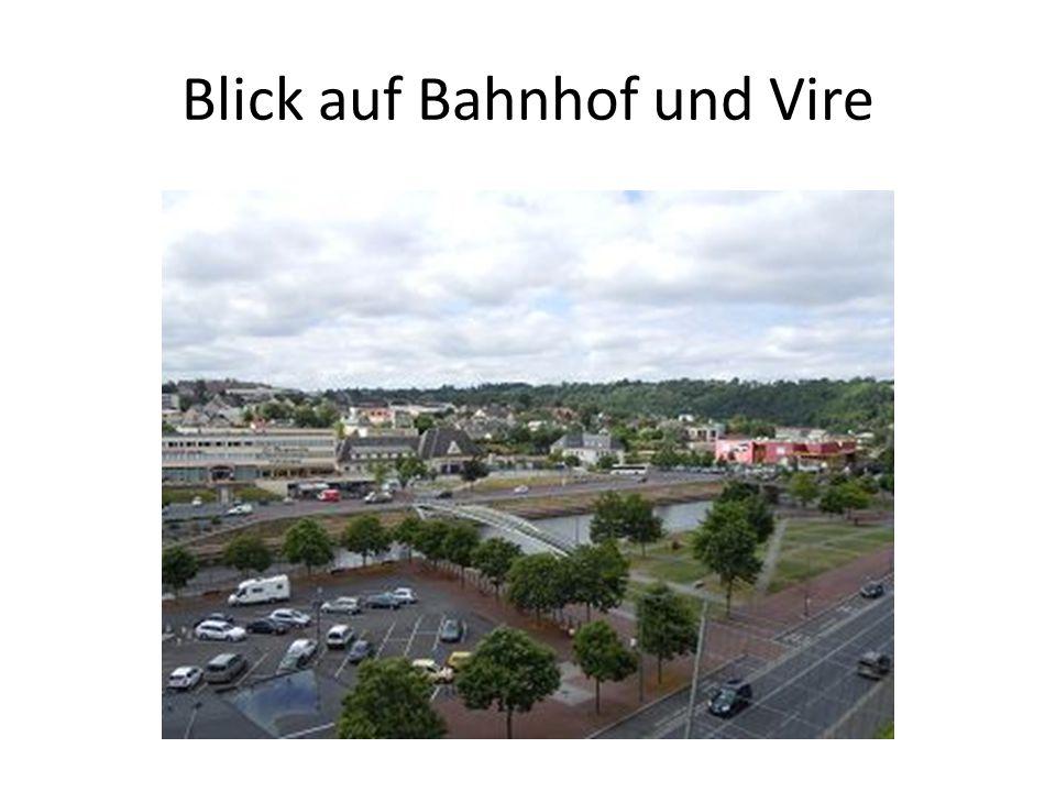 Blick auf Bahnhof und Vire