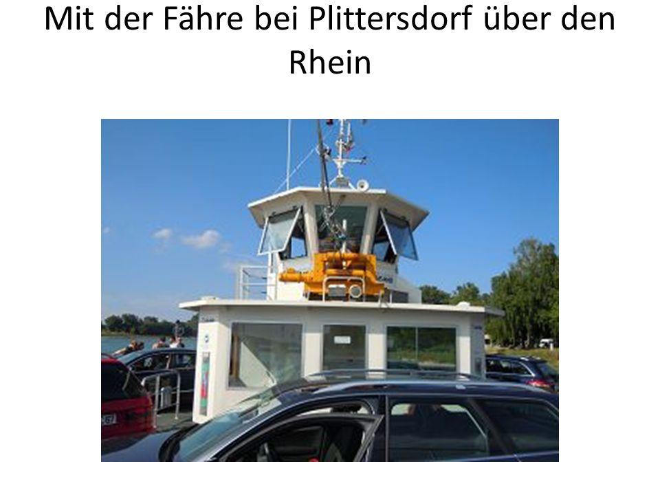 Mit der Fähre bei Plittersdorf über den Rhein