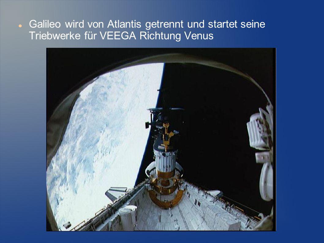 Galileo wird von Atlantis getrennt und startet seine Triebwerke für VEEGA Richtung Venus