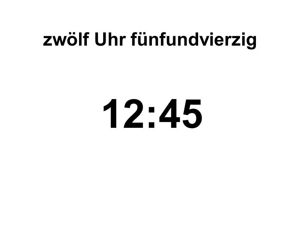 dreiundzwanzig Uhr siebzehn 23:17