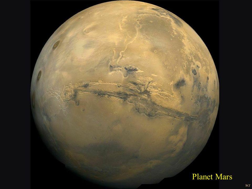 Frage:Was ist der Abstand zwischen Erde und Mars? Antwort: Die Entfernung variiert während der Umlaufbahn des Mars um die Sonne - zwischen 55 Millione