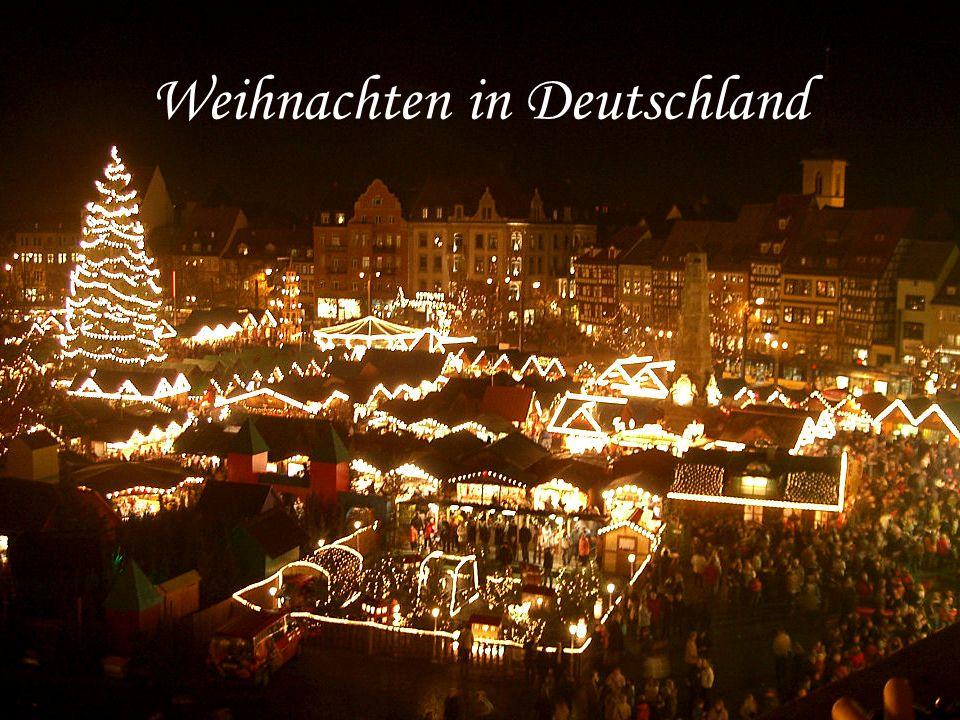 Weihnachten in Deutschland. Der Adventskranz Der ...